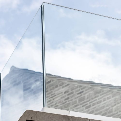 Glas für Glasbalkon